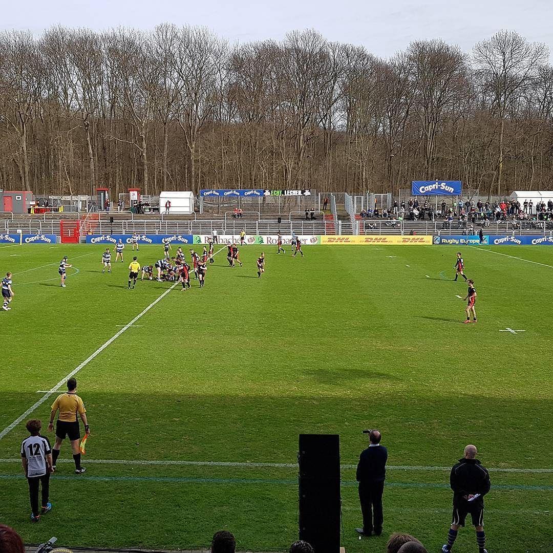 #kölnistrugby jetzt erst mal das Spiel U16 #Deutschland gegen #Bath Rugby Academy