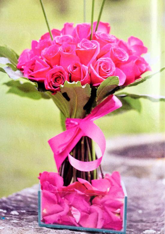 Resultado de imagen para arreglos florales modernos cumple mama