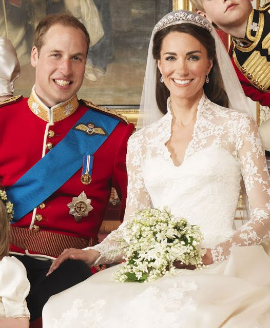 Royal Weddings 10 Great Photos From William And Kate S Marriage Middleton Wedding Kate Middleton Wedding Royal Brides