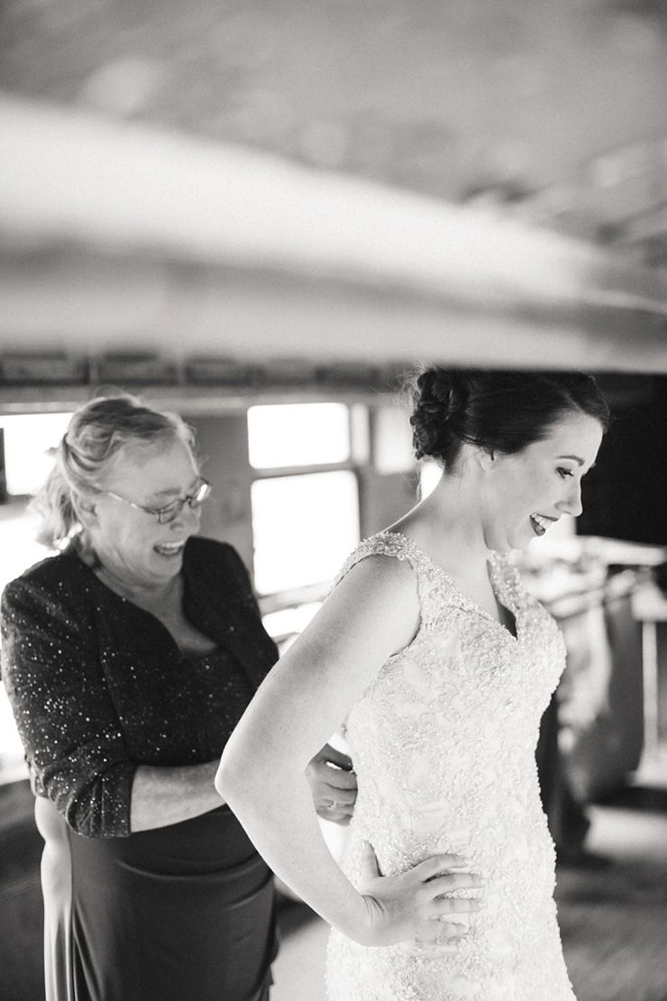 A bride's getting ready | fabmood.com