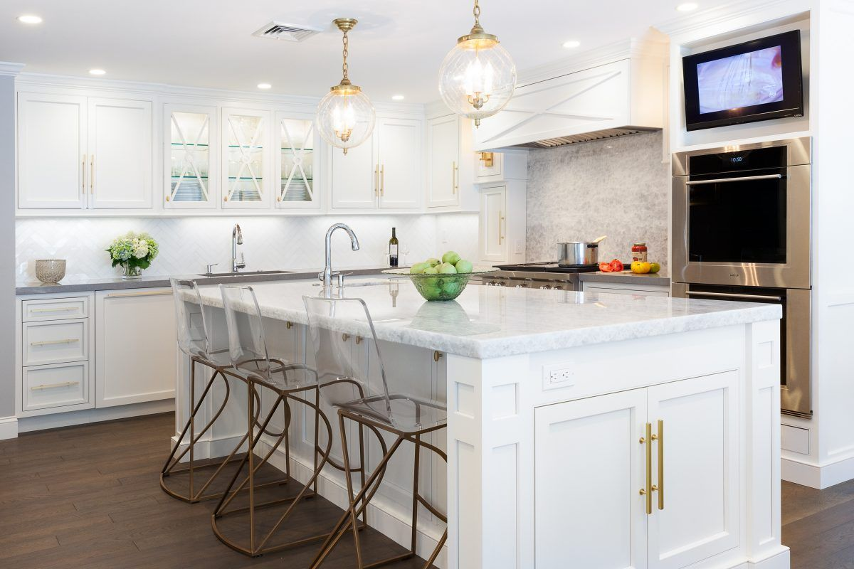 Trending Now 8 Stunning Local Kitchens With Images Tv In Kitchen