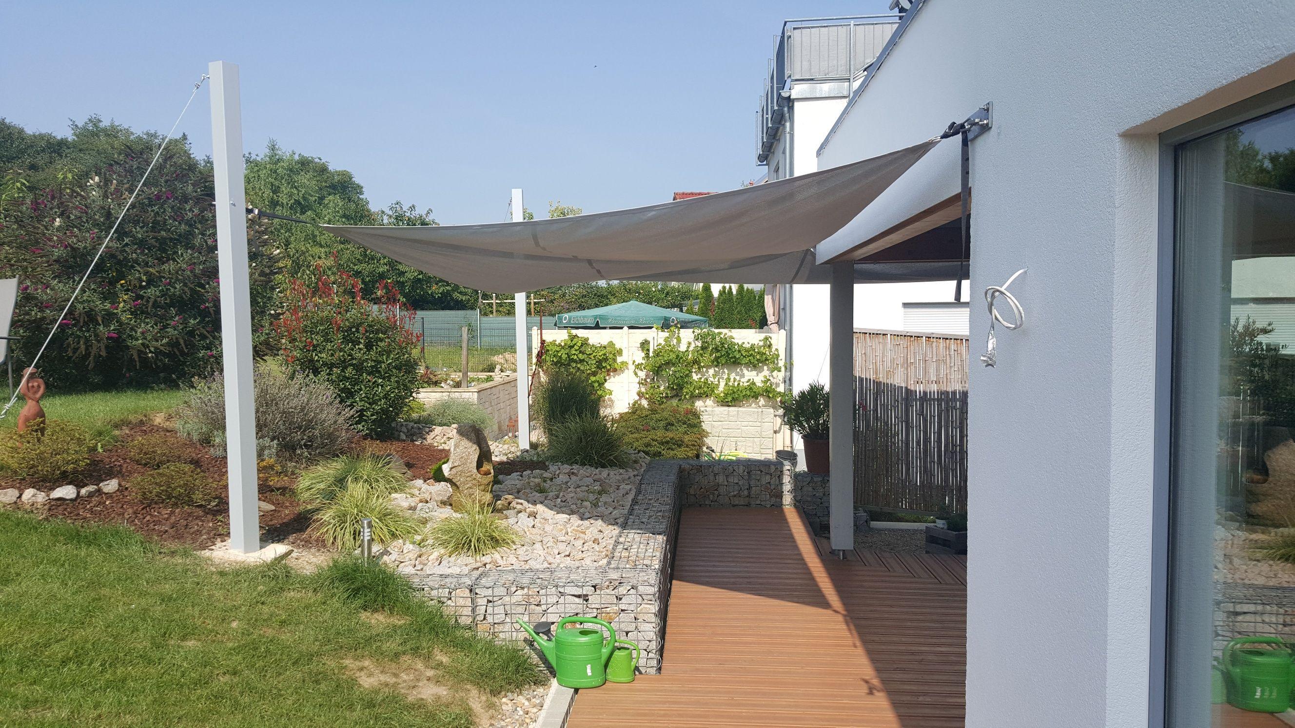 Terrasse Und Grundstück Mit Gabionen Gestaltet, Wirkungsvoll Und  Individuell. #IdeenAusDrahtUndStein #DrahtSteinMauer #