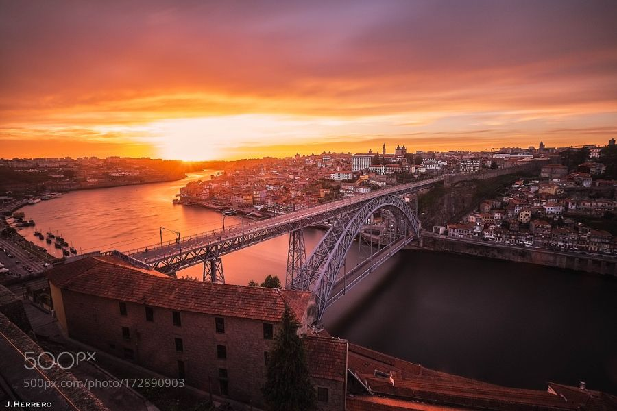 Oporto's Light by JosebaHD