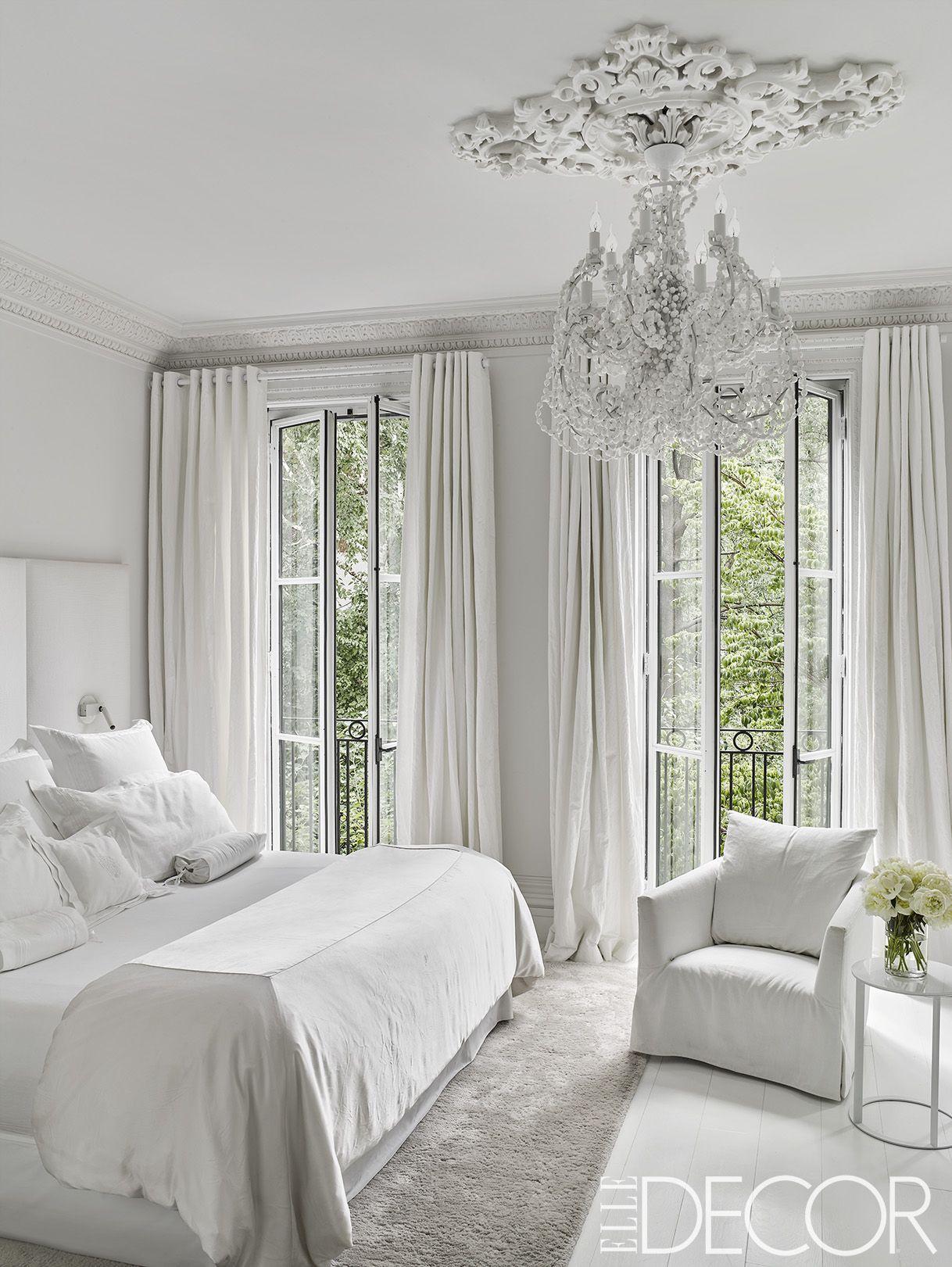 Minimalist Bedroom Decor Ideas For Maximum Relaxation Minimalist Bedroom Luxury Living Room Bedroom Interior