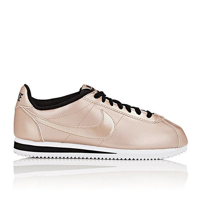 9790d3c3ec88d3 Your Chic Shopping Guide to the Hottest Sneakers of the Moment Escarpins,  Chaussures Femme,