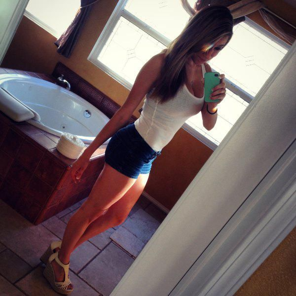 sexy-short-shorts-13