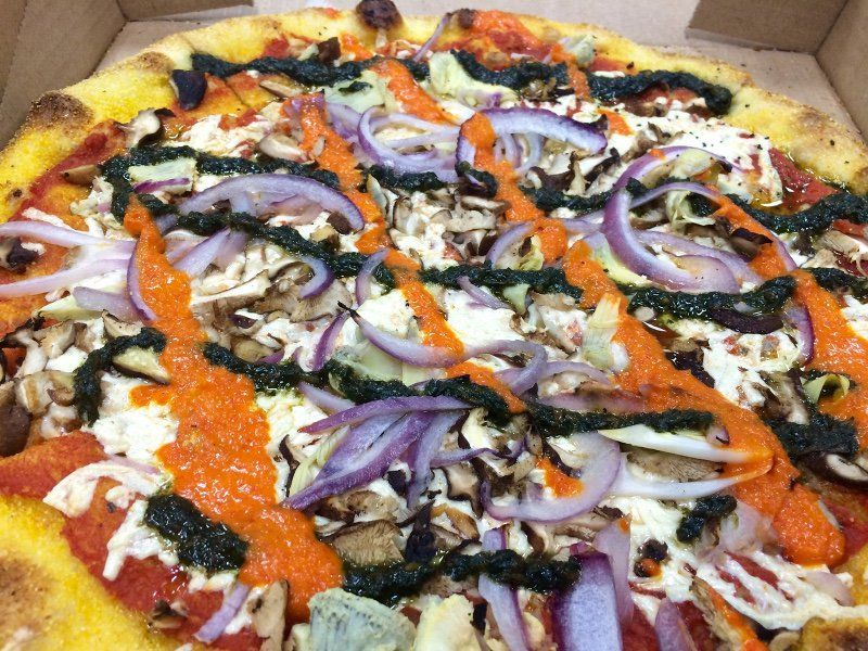 Veg City Guide 10 Popular Dairy Free Pizzas In Nyc New York Pizza Dairy Free Pizza Vegan Restaurants
