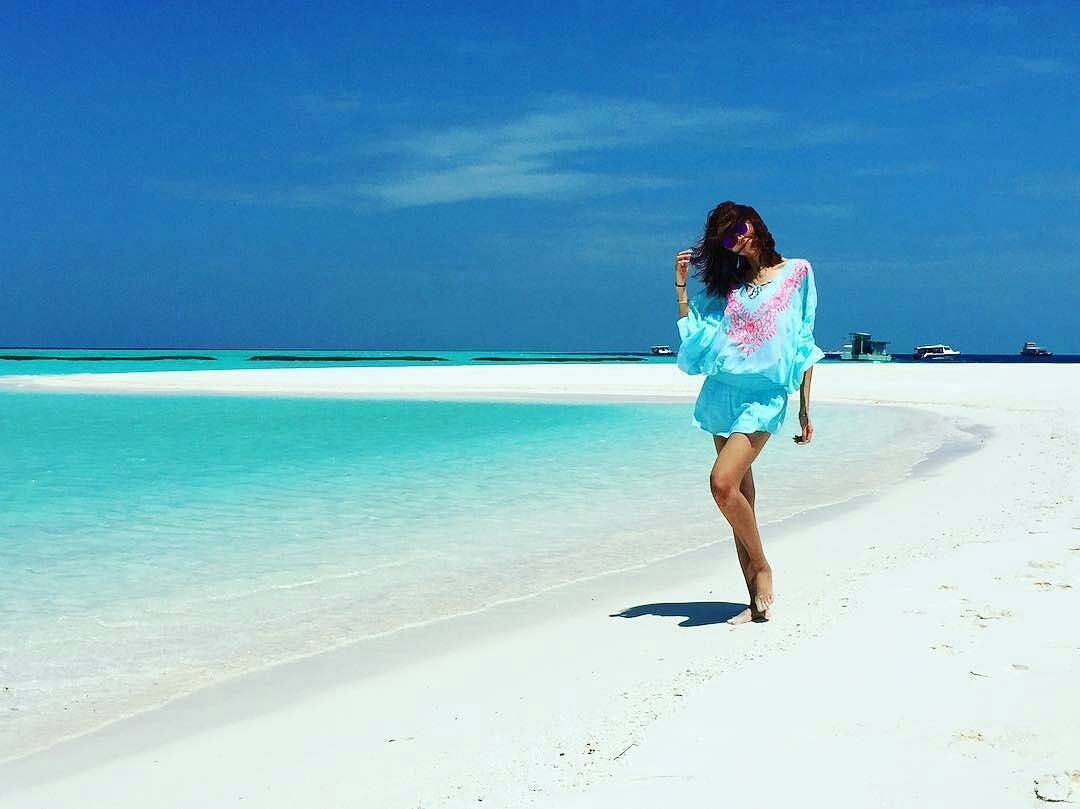 The Maldives Island #Maldives Photo @anitakaoxxoo #travel #beachlife #islandvibe #bliss #sunrise #island #dhigufaru #beach #ocean #luxury #lifestyle #dream #whitesand #beautifulhotels #turquoise #beachwalk #maldivesresorts #vacation #vacancy #blue
