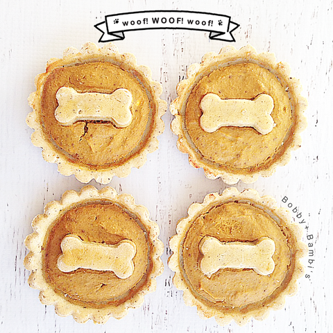 Apple Pup-Pies | Bobby and Bambi's Gourmet Bakery #organic #holidaysale