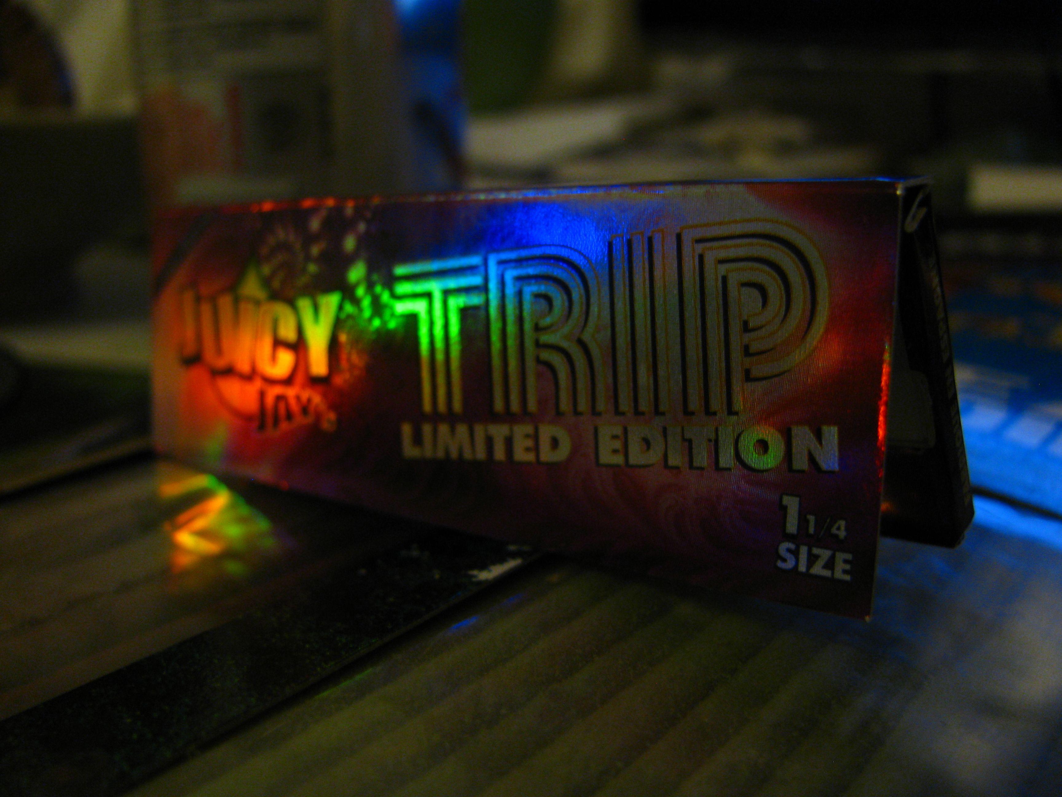 juicy jay's trip limited edition 1 1/4s  #w33daddict #RollingPaper #Blunts #Smoking #Rizla+ #OCB #Juicy