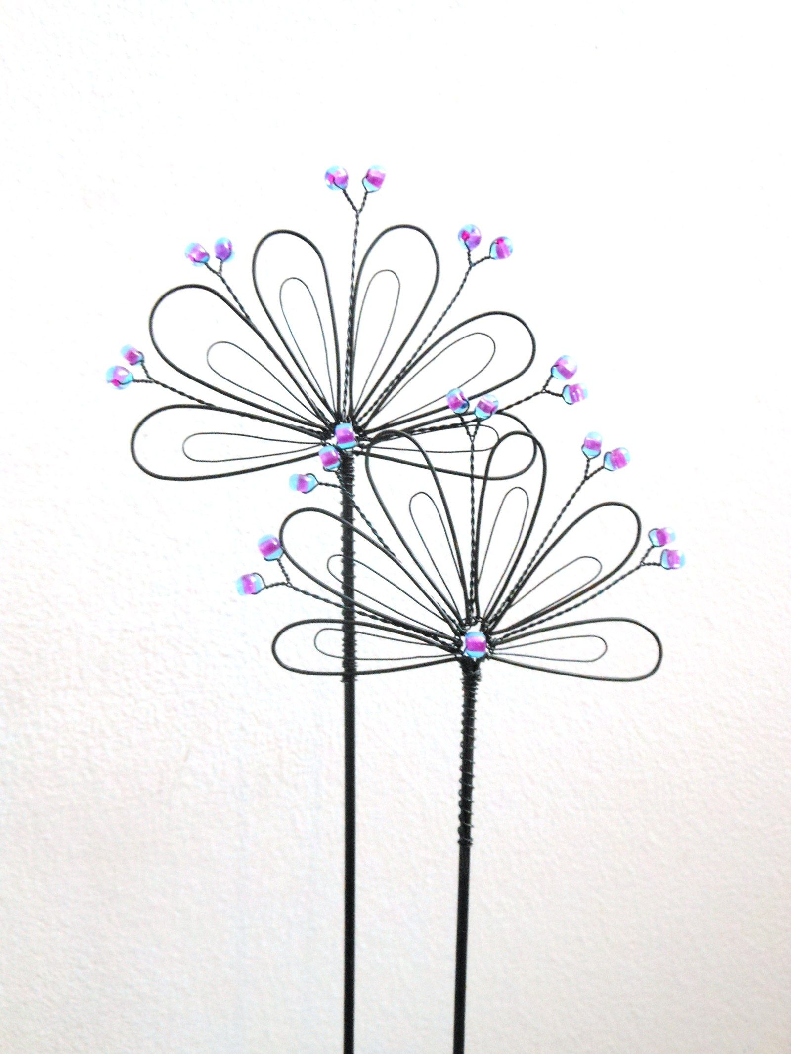 Pin by Danuta Haftek on KWIATY - inne   Pinterest   Wire art, Wire ...