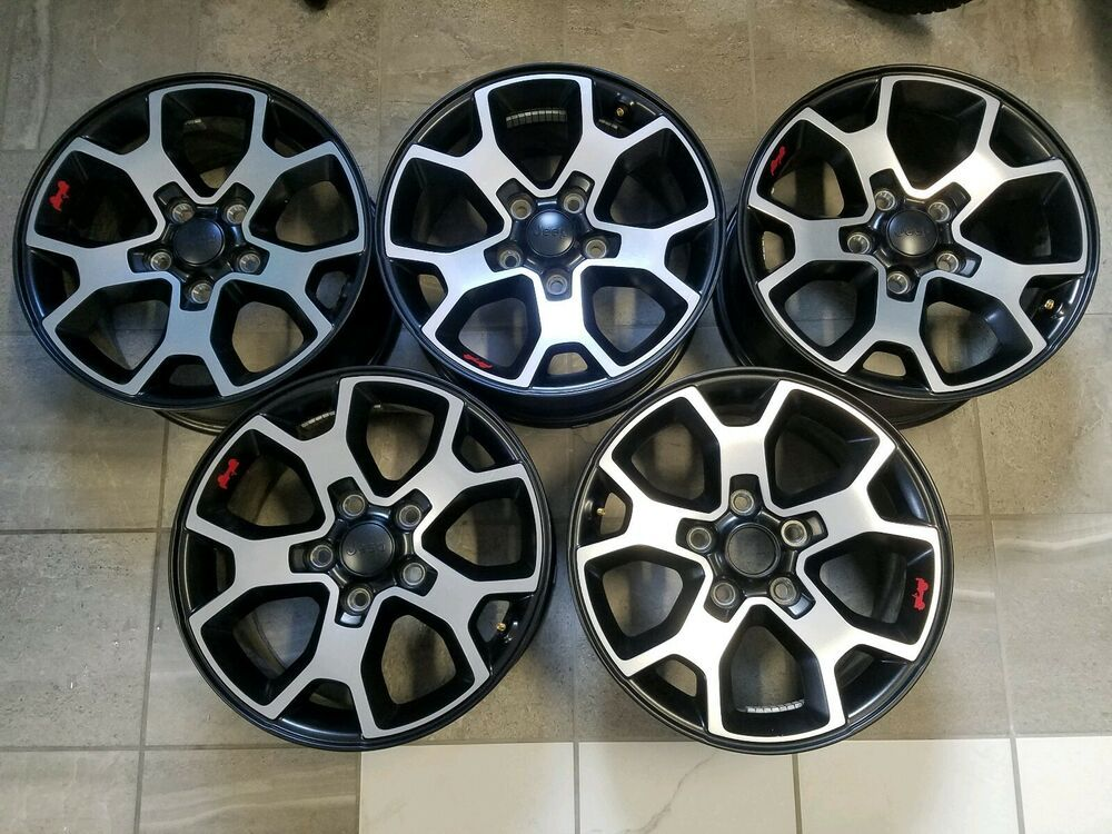 Advertisement Ebay Set Of Five 2018 2019 Jeep Wrangler Jl Rubicon 17 Wheels Oem Jeep Wrangler Jeep Wrangler Jl