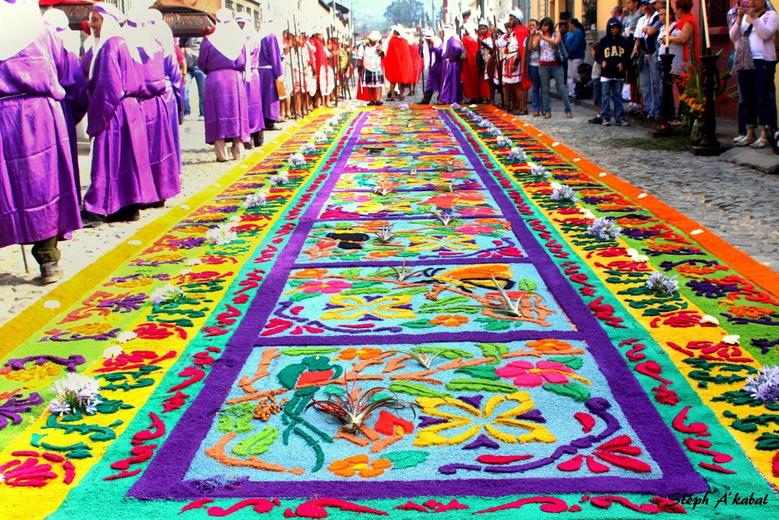 Semana santa en guatemala alfombras procesionales como for Alfombras de antigua