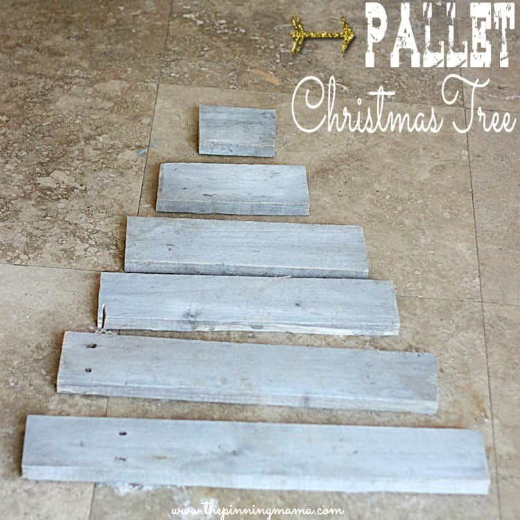Easy Upcycled Pallet Christmas Tree • The Pinning Mama #oldpalletsforcrafting
