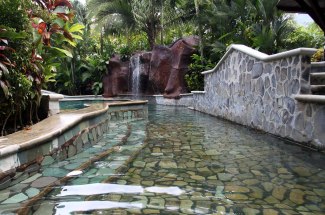 baldi hotsprings middle pool    - Costa Rica