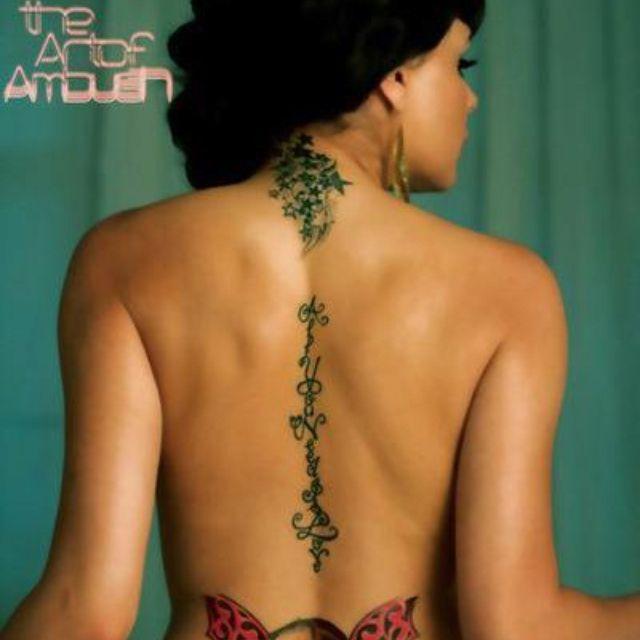 Love this neck and center tatt!