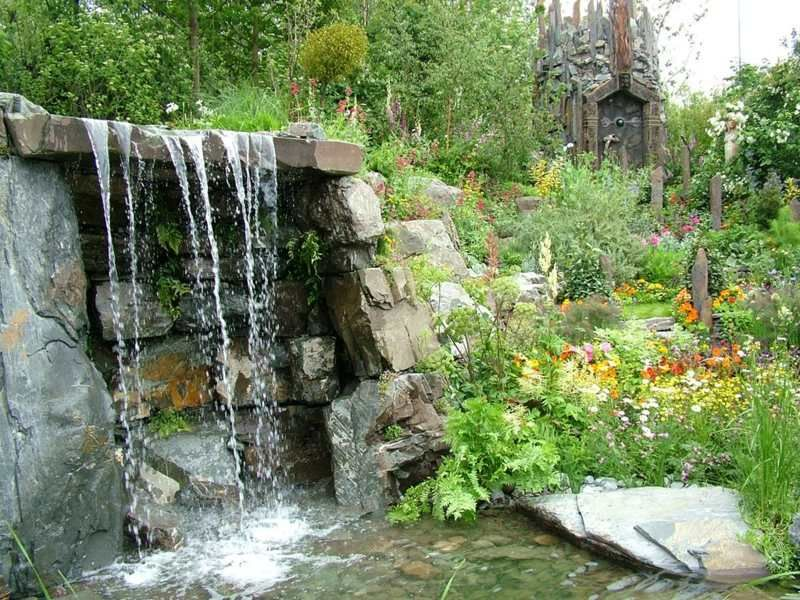 Wasserfall im Naturlook im lauschigen Garten Garten Pinterest
