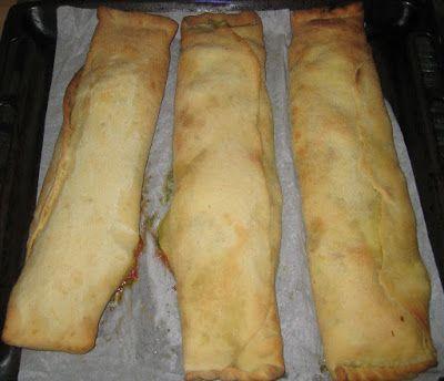 Mamma Stranger  (a spasso per la Svizzera Italiana.....!!): Le ricette di Mammastranger: La pizza SCACCIA di M...