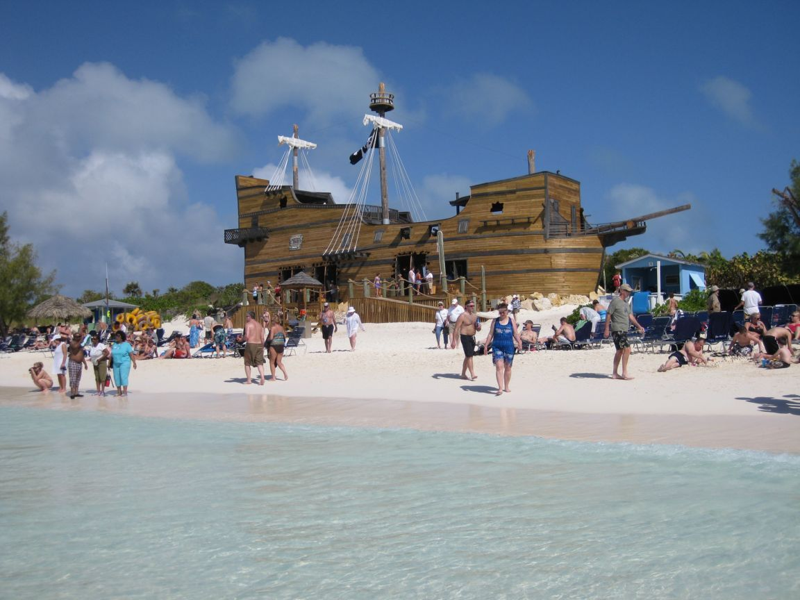 Little San Salvador Island Half Moon Cay Slideshow Photo