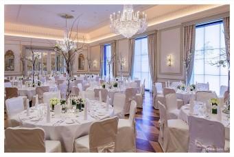 Hotel Vier Jahreszeiten Hamburg Hochzeitsfotograf Leifhelm Foto Hotel Vier Jahreszeiten Hochzeitslocation Tischdekoration