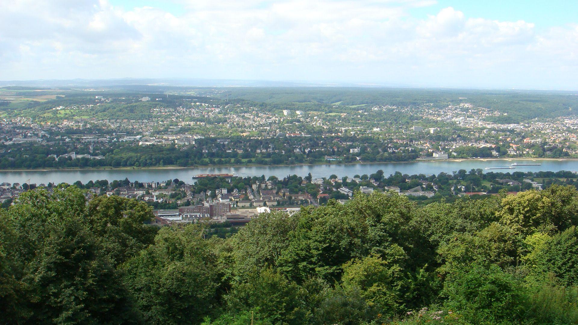 View Of The Rhine River And Bonn Bad Godesberg From The Steigenberger Grandhotel Petersberg Germany Joe Cruz Photo Bonn