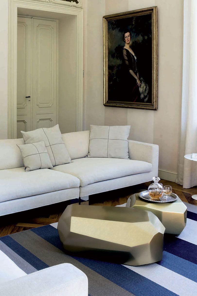 Meteor By Serralunga Modern Tables Italian Interior Design Furniture Italian Interior [ 1215 x 810 Pixel ]