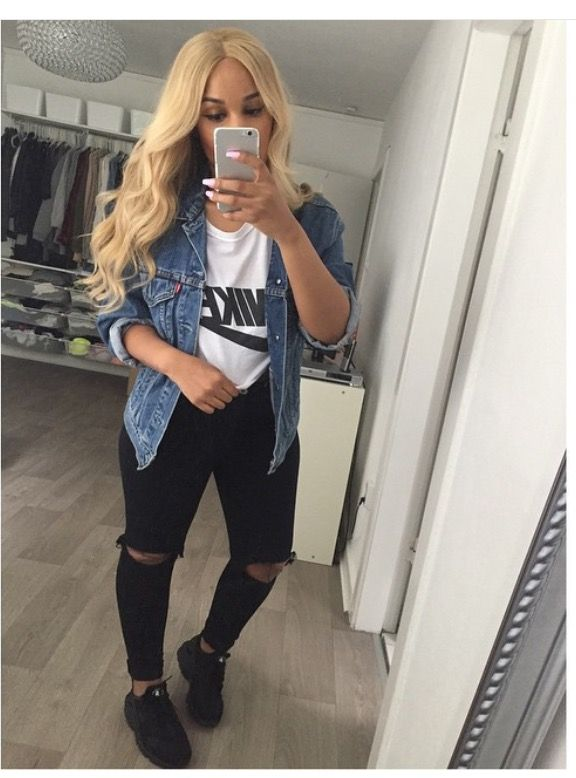 Black ripped jeans instagram