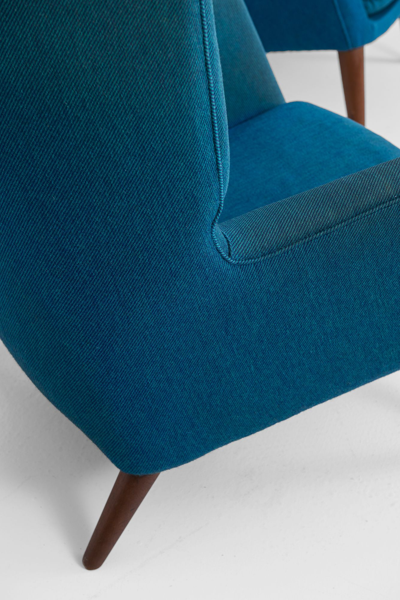 Sold Mid Century Modern Furniture Furniture Styles Chair
