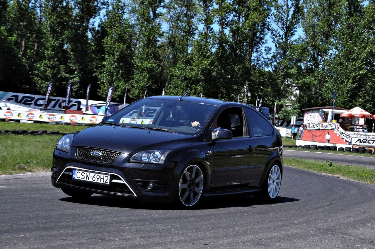 black ford focus rs st mk2 track day koszalin photo. Black Bedroom Furniture Sets. Home Design Ideas
