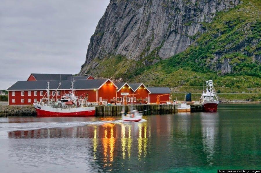 15 Gambar Pemandangan Alam Desaku Bikin Betah Ini 10 Desa Dengan Pemandangan Terindah Di Dunia Download Wisata Alam Des Di 2020 Pemandangan Wisata Eropa Pedesaan