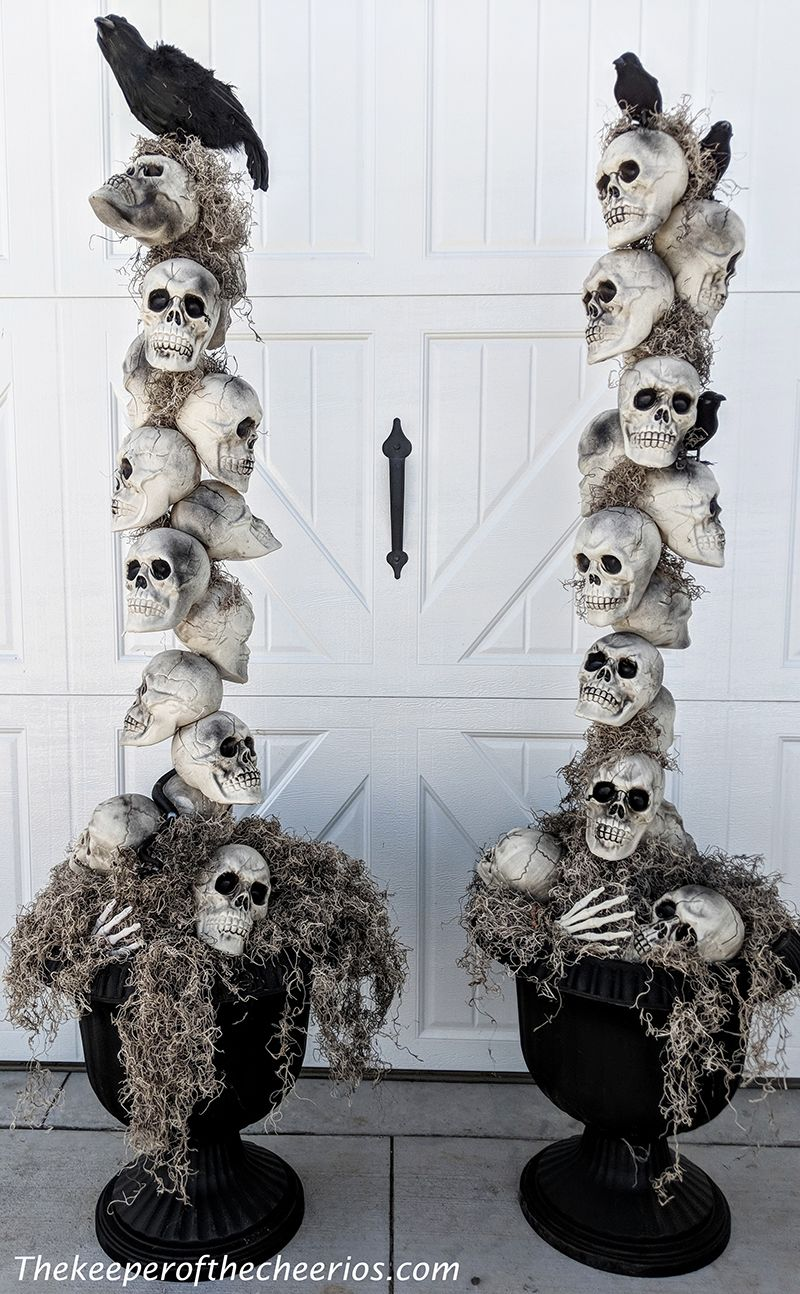 Skeleton Entryway Pots – The Keeper of the Cheerios