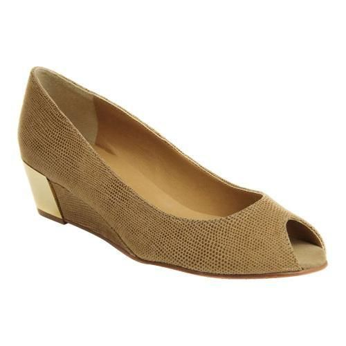 Floor Price Womens Shoes Vaneli Blair Truffle Molly Rodi