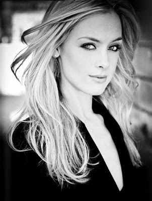 Pin Lost Girl Rachel Skarsten on Pinterest