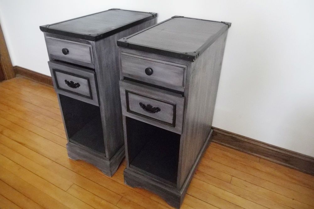 How to Transform a Desk Into Two Night Stands DIY #furnitureredos