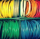 Upcycling-Schmuck aus Draht und Kabel Make: Upcycled Schmuck aus Draht und Kabine …