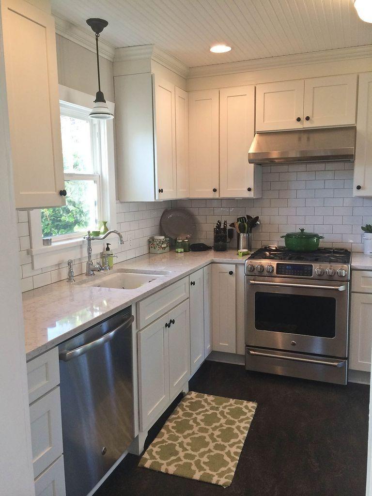 30 Amazing Design Ideas For A Kitchen Backsplash: 70+ Stunning White Cabinets Kitchen Backsplash Decor Ideas