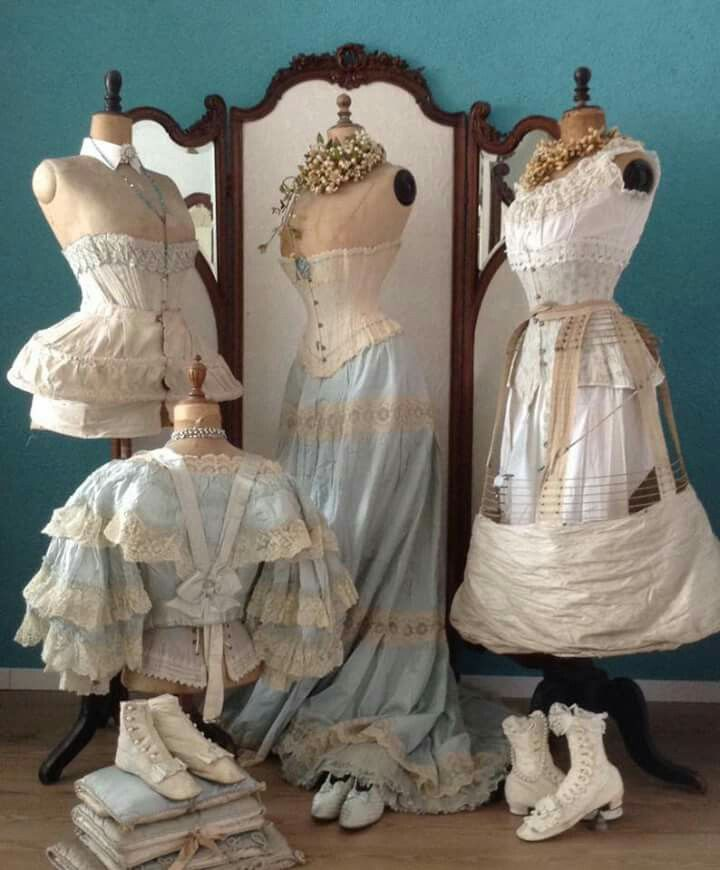 What Is External Conflict We Discuss The Difference Between External And Internal Conflict The Four M Vintage Dress Form Edwardian Fashion Victorian Clothing