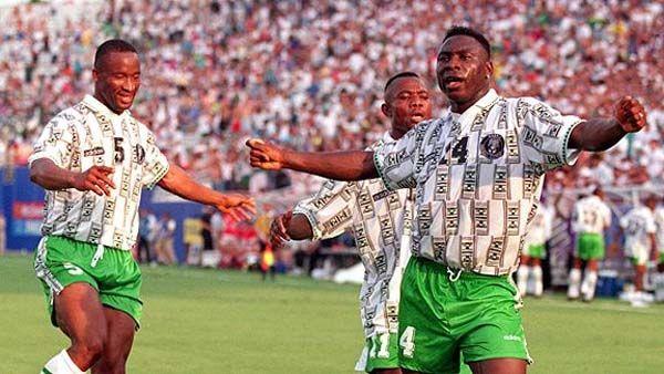 Uche Okechukwu 5 Emanuel Amunike 11 Daniel Amokachi 14 Nigeria World Cup 1994 International Football Penalty Kick Soccer