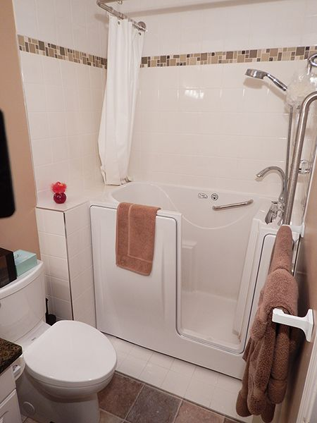 Escape Plus Walk In Bathtub With 3 Wall Composite Surround