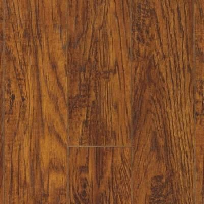Pergo Xp Highland Hickory 10 Mm T X 4 87 In W X 47 87 In L Laminate Flooring 393 Sq Ft Pallet Lf000441 The Home Depot Laminate Flooring Wood Look Tile Floor Natural Wood Flooring
