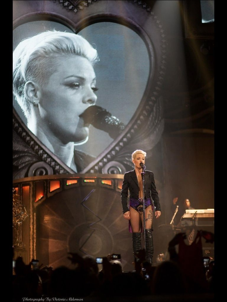 The Truth About Love Tour The Official P Nk Site Pink Singer Best Night Of My Life P Nk