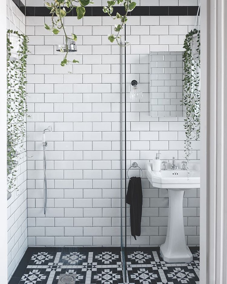2 249 Likes 29 Comments Livingetc Magazine Livingetcuk On Instagram Floor To Ceiling Metro Ti Gothic Bathroom Industrial Style Bathroom Trendy Bathroom