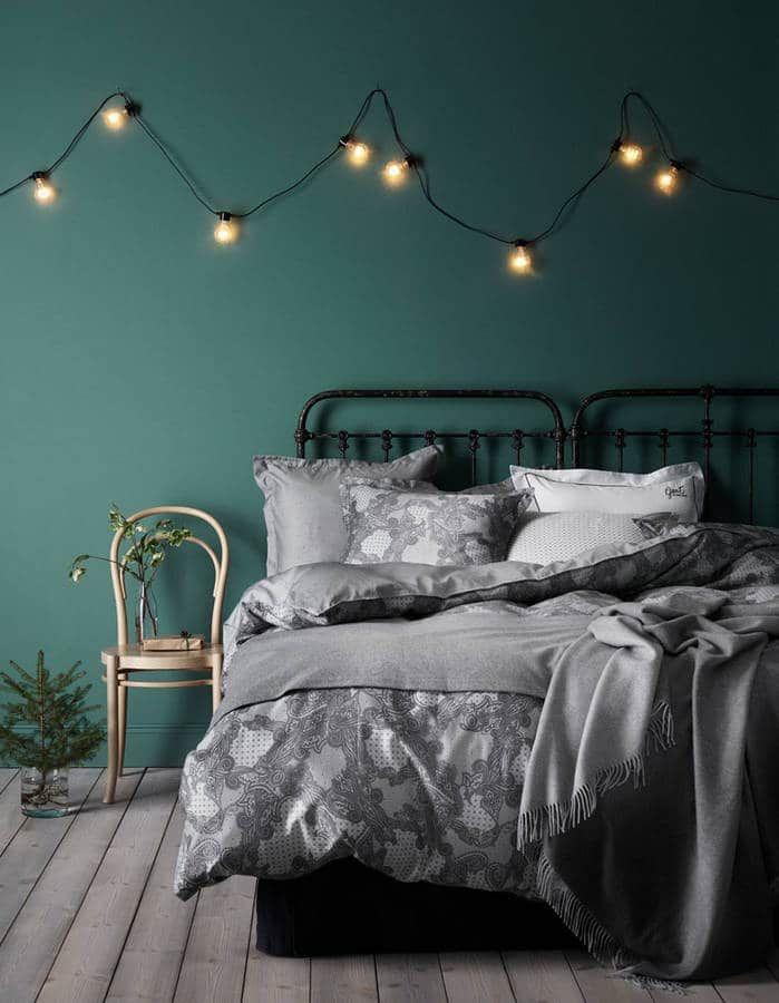 illuminer son int rieur avec des guirlandes lumineuses. Black Bedroom Furniture Sets. Home Design Ideas