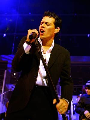 Marc Anthony born in NYC - parents from PUERTO RICO