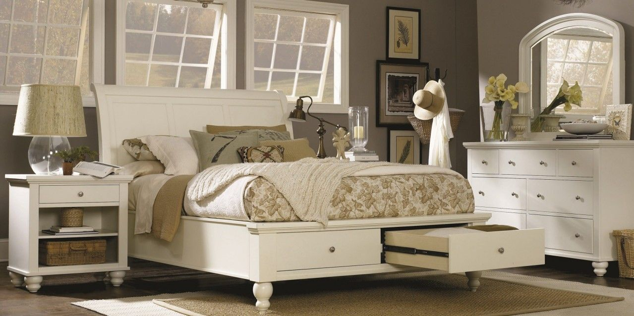 Teenage bedroom cambridge eggshell bedroom set by aspen home at kensington furniture great for Aspen home furniture cambridge bedroom set