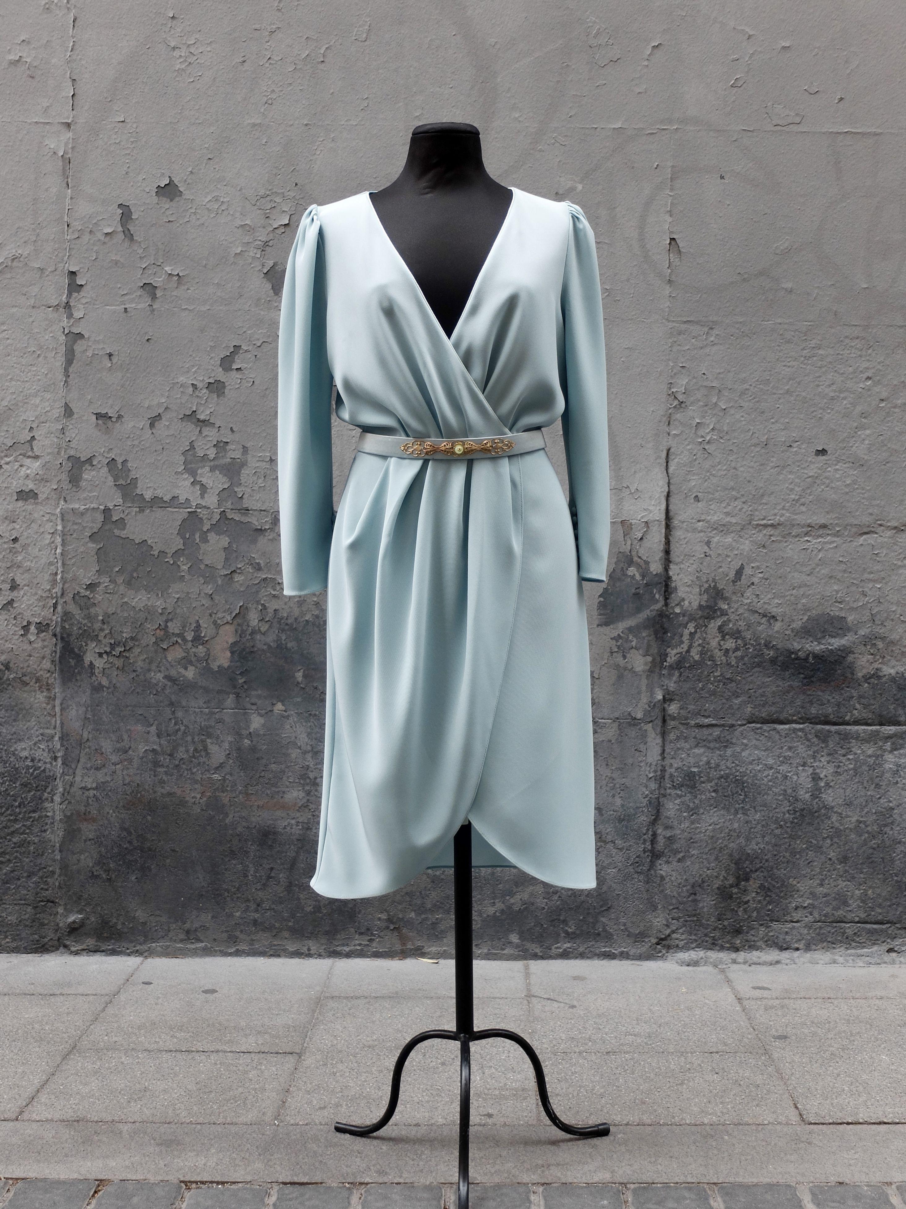 Diseño y confección de vestidos Monic   Vestidos