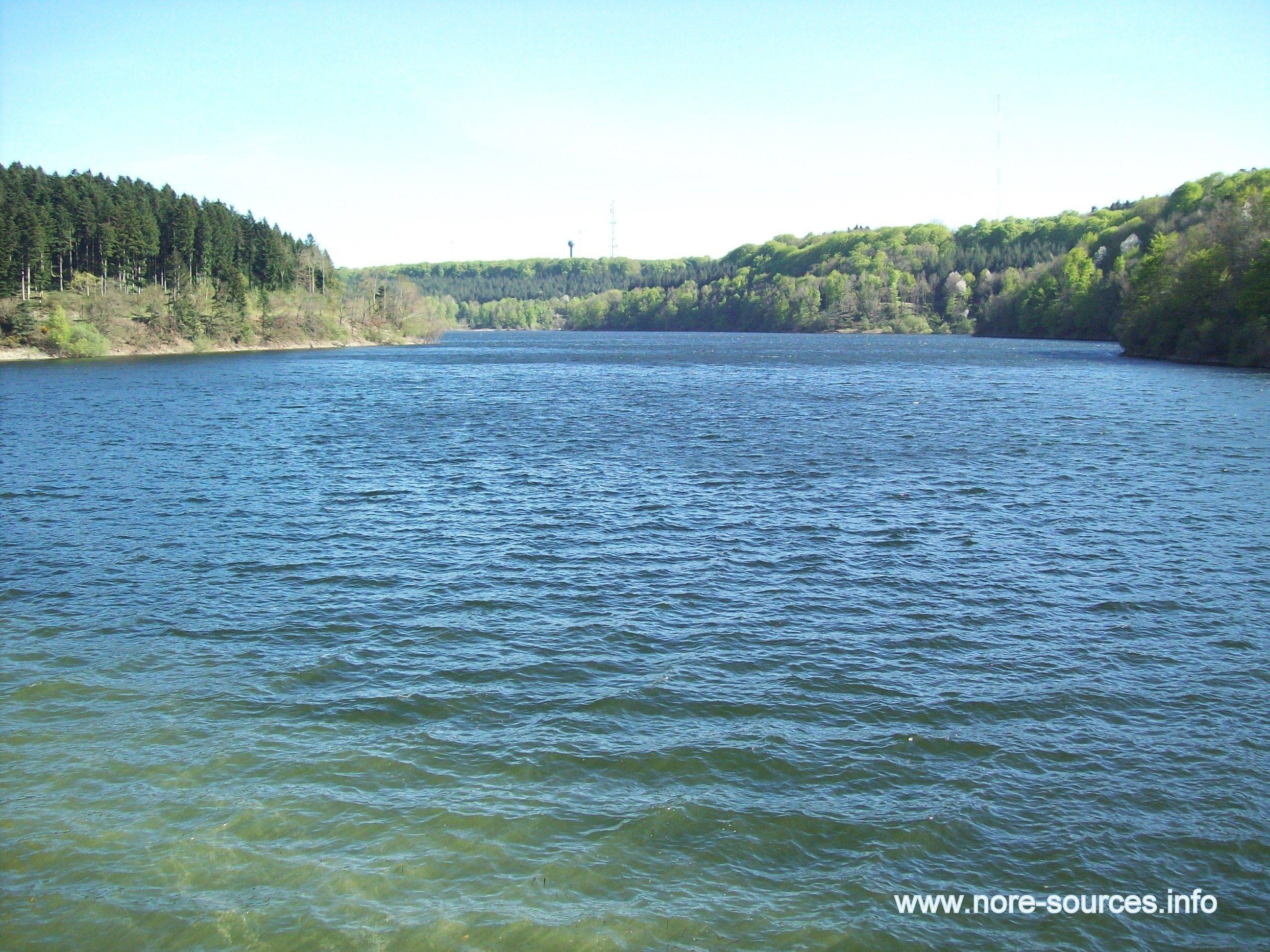 Le Lac de Laprade Basse