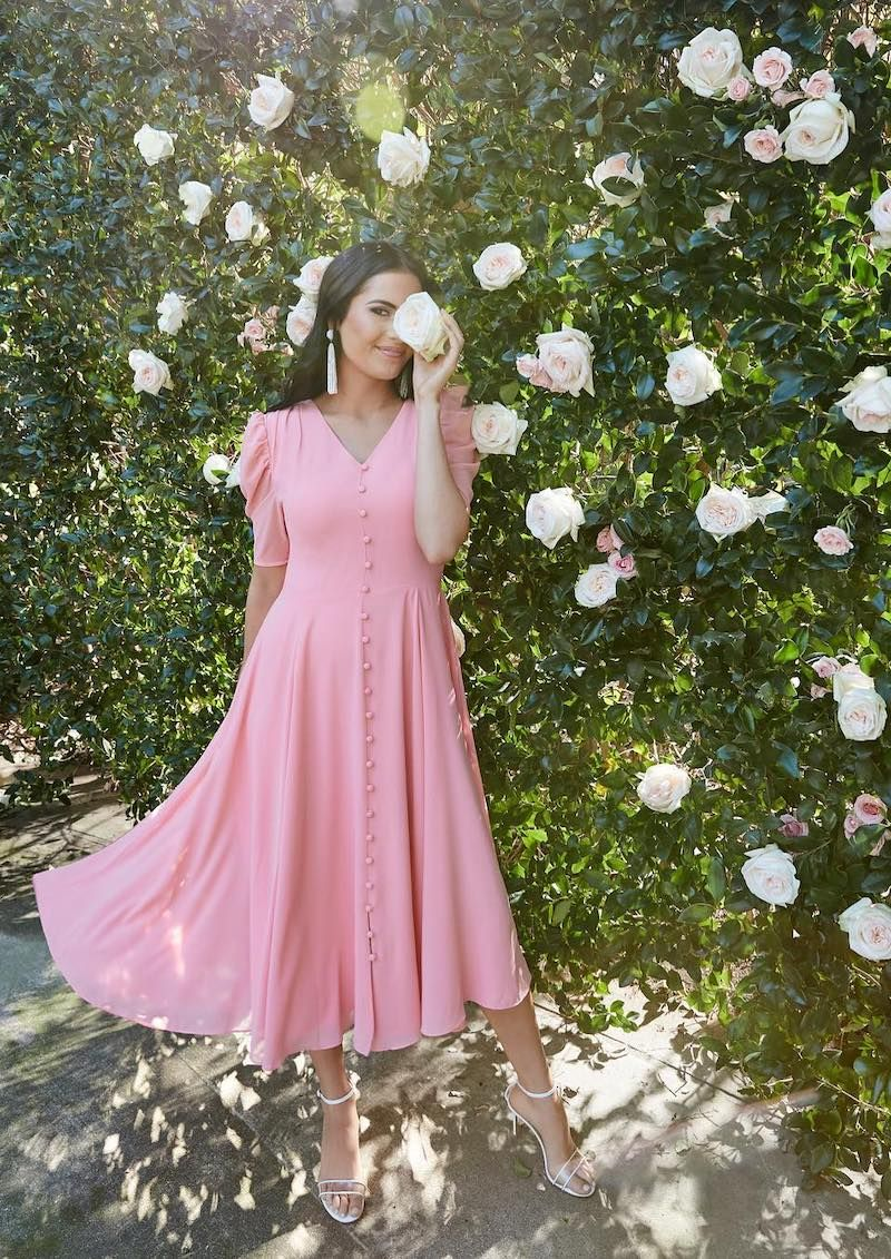 Best Dressed Guest 20 Dresses To Wear To A Spring Wedding Spring Wedding Guest Dress Dresses To Wear To A Wedding Wedding Guest Dress [ 1131 x 800 Pixel ]