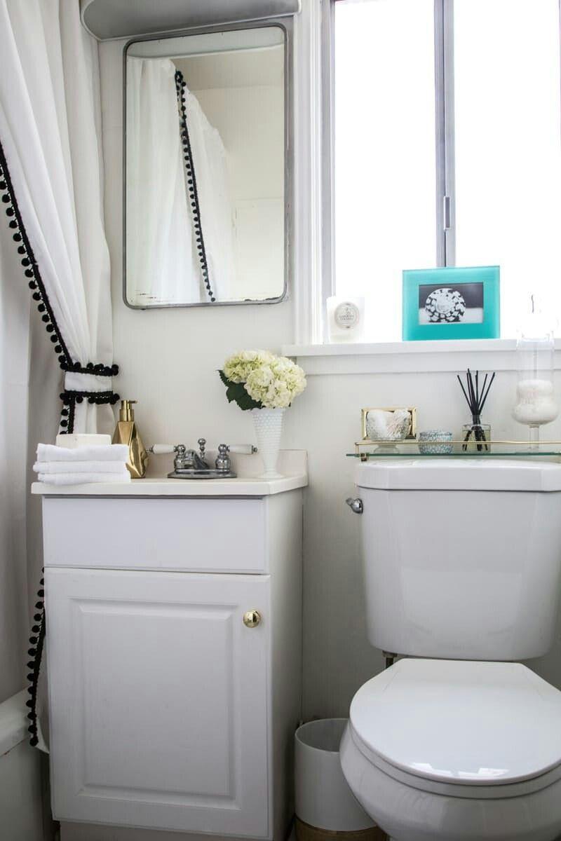 Rental apartment bathroom ideas - I Love The Detail That The Curtain Brings To This Bathroom Rental Apartment Bathrooms