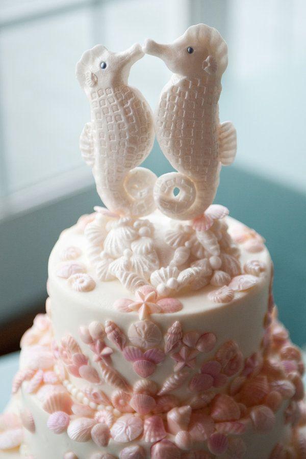 Romanttinen meritunnelma #seahorses #cake #merihevonen #kakku #koristelu